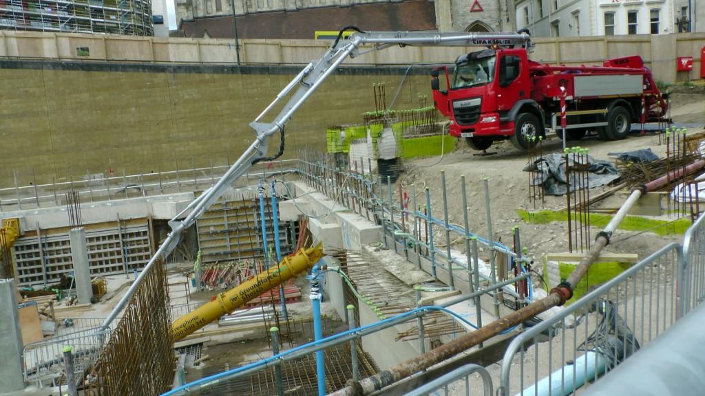 cement-concrete-pump-truck